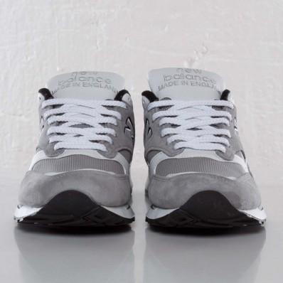 new balance grise courir